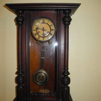 Reloj Aleman De La Famosa Casa Junghans Antiguo