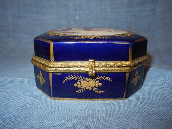 Caja de Sevres Autentica - Pintada a mano