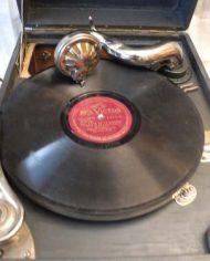Gramofono Antiguo Victor Con 7 Discos De Vinilo 3