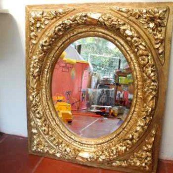Espejo Biselado Con Marco Dorado