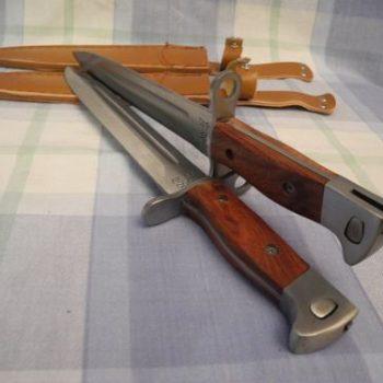 Replicas de las Bayonetas Usadas en el Fusil Ruso Ak-47